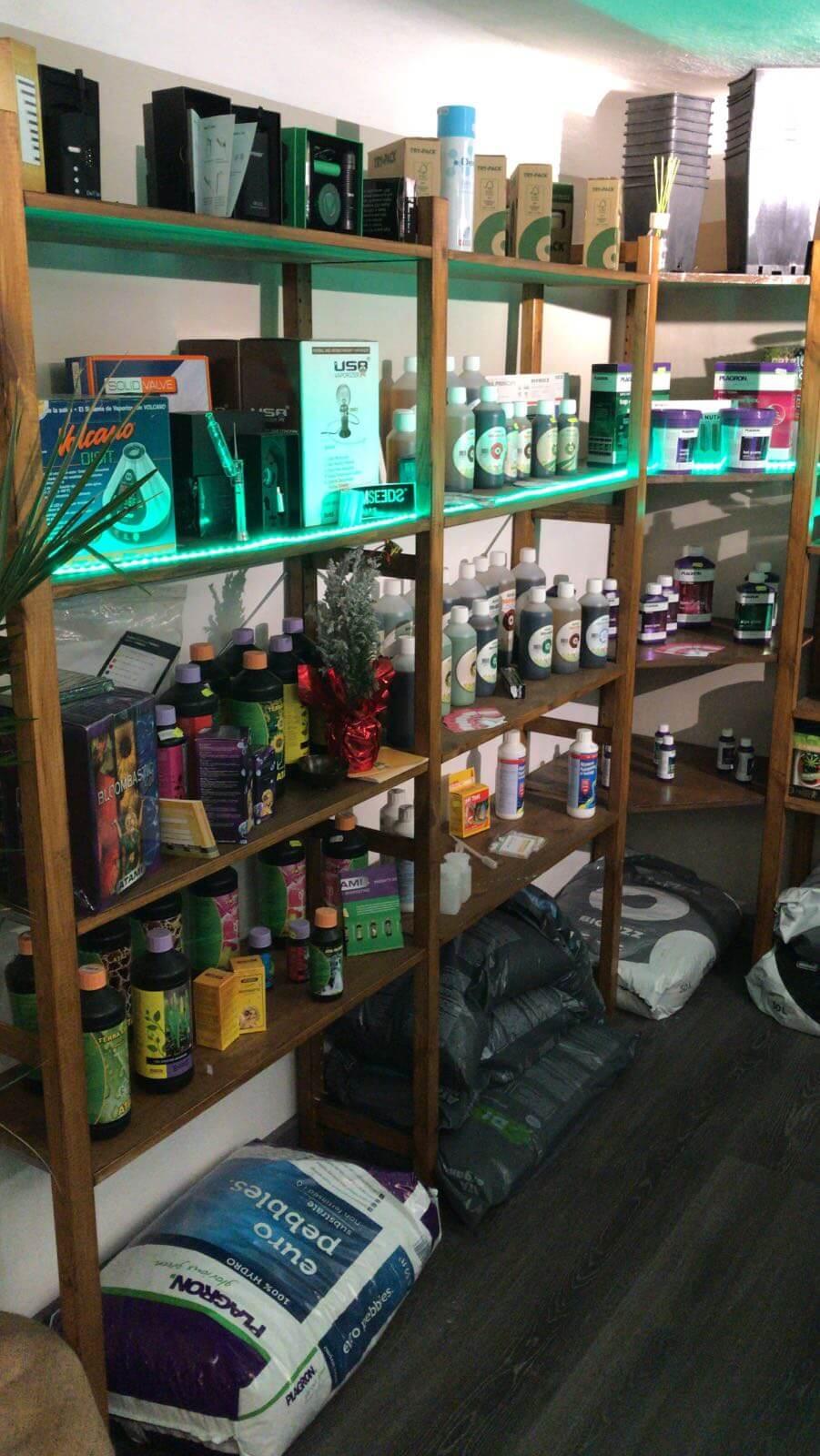 negozio-strumenti-coltivare-cannabis